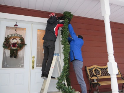 Setting Christmas - 2